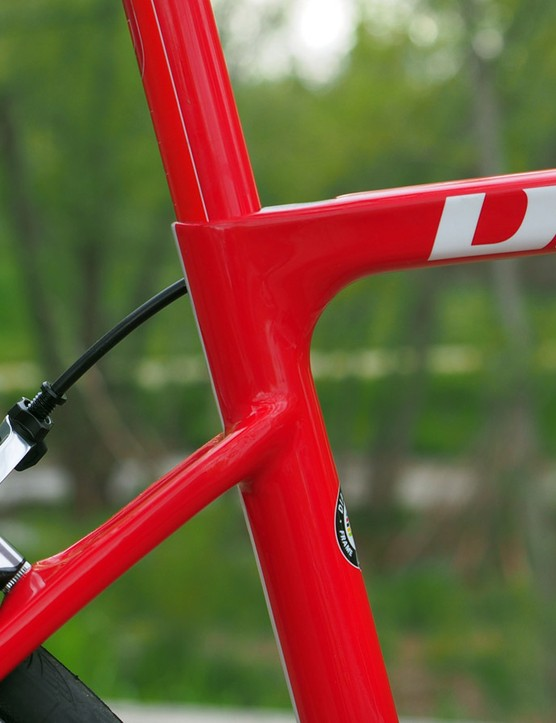 How do you make a bike aero *and* comfortable? Putting a round 27.2mm post on an aero frame is a good start