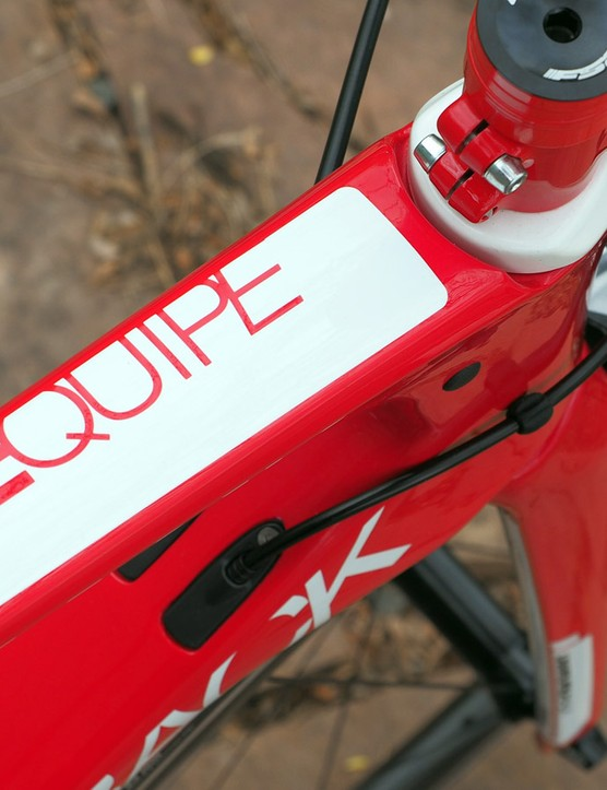 Besides the Equipe, the Podium also comes in the Vitesse model with Shimano Ultegra and the 105-level E'Tape