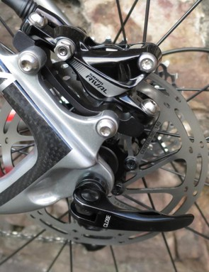 The SRAM hydraulics use an IS mount at the rear…