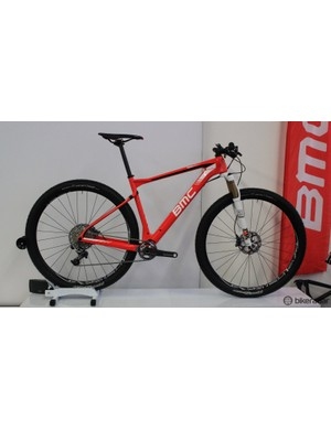 bdb7dae48d7 The Teamelite 01 will be available in a SRAM XX1-equipped model at Û5