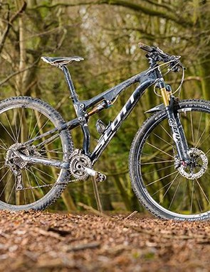 Scott's Spark 900 Premium combines lovely lines with an envy-inducing spec sheet