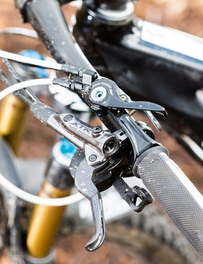 The bar-mounted TwinLoc lever adjusts both the shock and fork