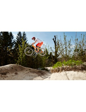 Olly Forster on the 2015 Giant Reign 1 at Tidworth Freeride