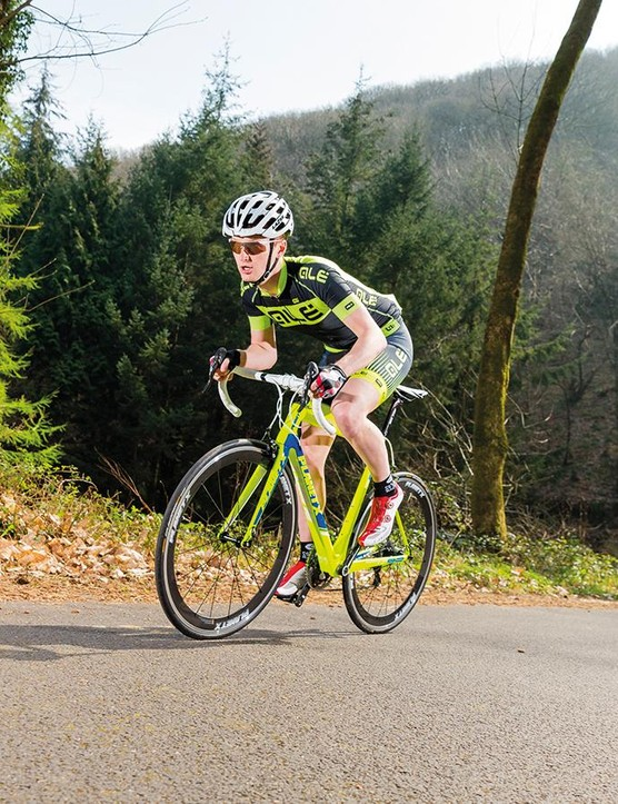 On hills, the sluggish-feeling wheelset can be frustrating