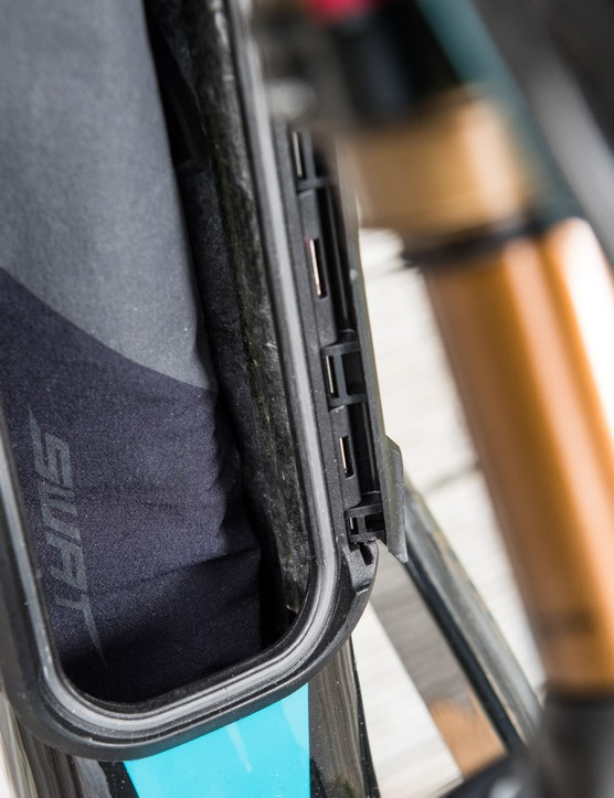 Shut the door (je t'adore). It's French for 'I love you, clever SWAT space'