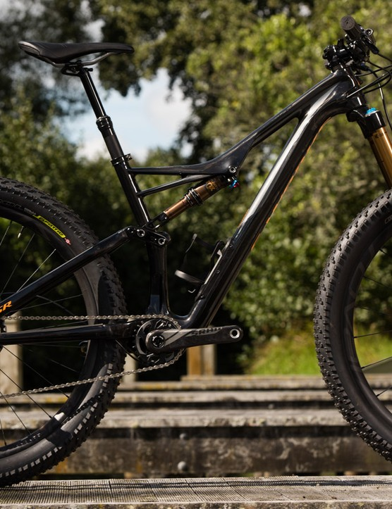 For 2016, Specialized gets behind 27.5+ wheels, dubbed '6'Fattie'. The Stumpjumper 6Fattie gets the S-Works treatment too