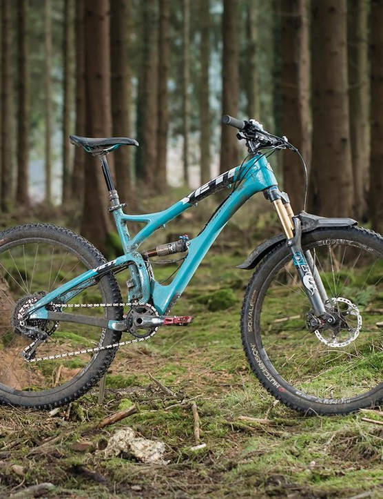 The SB5c has a long wheelbase and is a bit slacker than the 5010 with a long-travel fork
