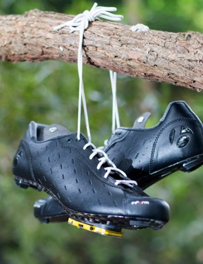 Bontrager joins the lace-up cycling shoe world with these Classique shoes