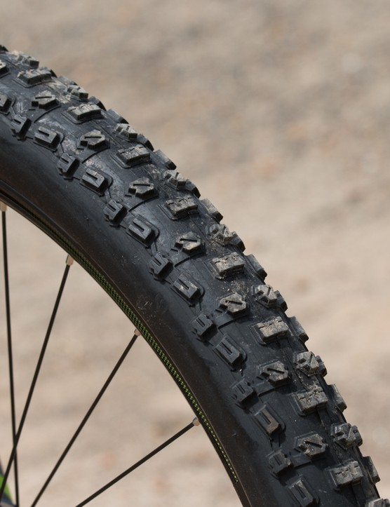 Merida has it's own branded tyres on this ride. They're a little heavy, slow rolling and stiff - but they're also durable and reasonably grippy in a variety of loose terrain
