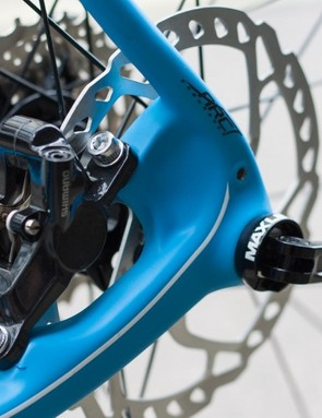 The rear caliper sits neatly within the Search's rear triangle