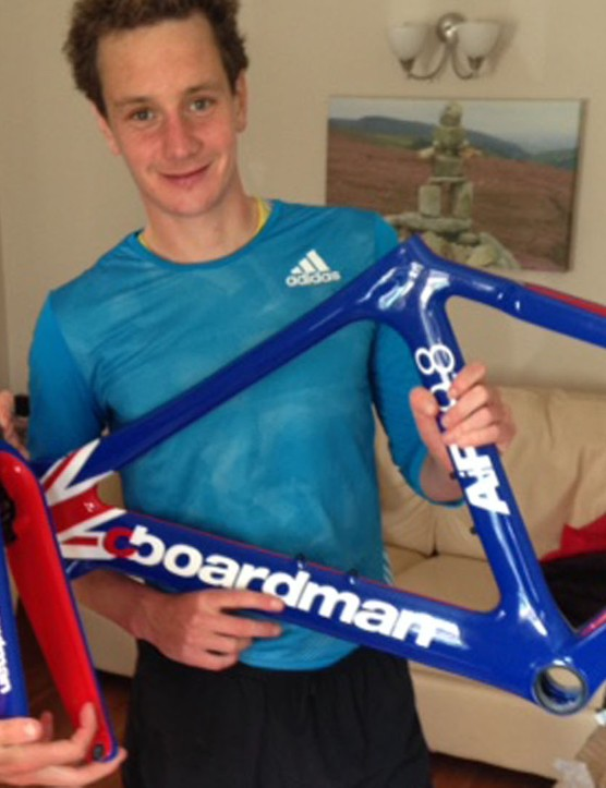 The brothers unwrap their newly painted frames