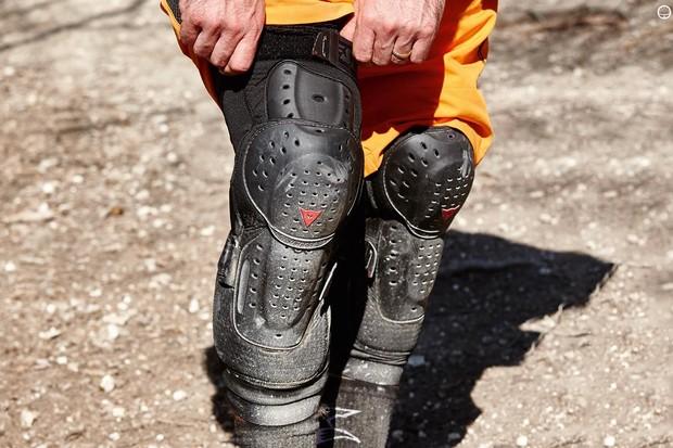 Dainese Oak Evo knee guards