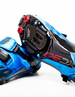 The Shimano XC-90 in blue (and still new)