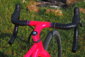 The Ritchey carbon integrated cockpit is beautifully painted to match the rest of the frameset