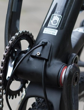 The clever cable routing extends to the bottom bracket also