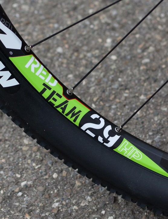 Fulcrum alloy wheels are the only thing that separated our test bike from the ones raced by the Merida Multivan team