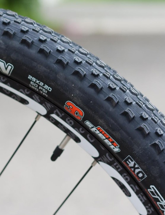 Maxxis Ikon tubeless rubber provided ample, fast rolling grip throughout the test