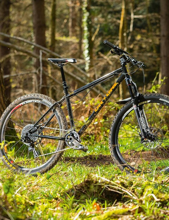 On-One's 45650b – another old fave gets the mid-wheeled treatment