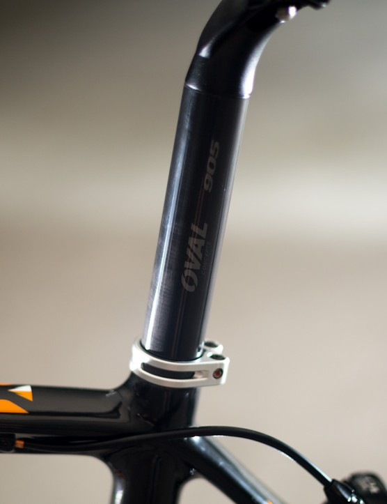 The carbon wrapped seatpost looks nice, but doesn't offer anything more than a cheaper alloy one