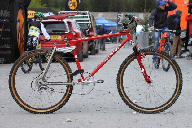 The late UK racing legend and DH pioneer Jason McRoy rode this Specialized FSR at Mammoth Mountain