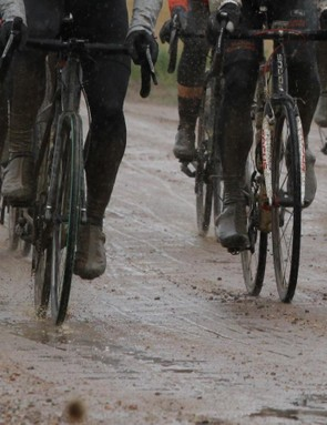 The 80 mile ButterGold gran fondo tackled a few dozen miles of rain-soaked dirt roads, which ate up SRAM hydraulic pads in one go