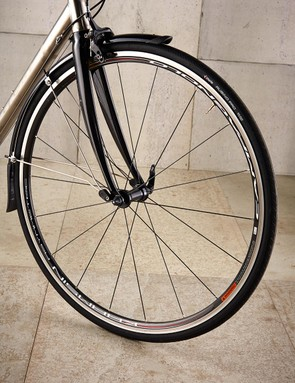 Both frame and fork have been designed around clearances for 28mm tyres with guards