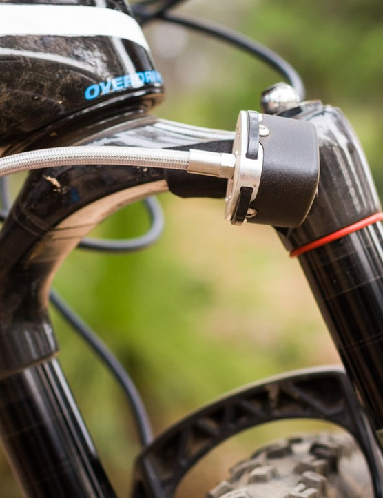 The ShockWiz attaches to your suspension's air spring and records this data as you ride