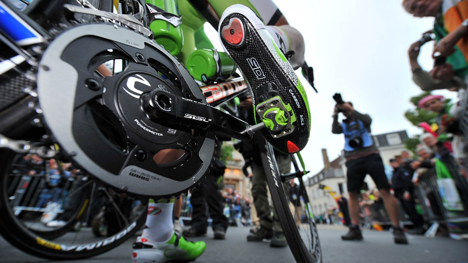 Don't be daunted — clipless pedals have plenty of advantages for both roadies and mountain bikers