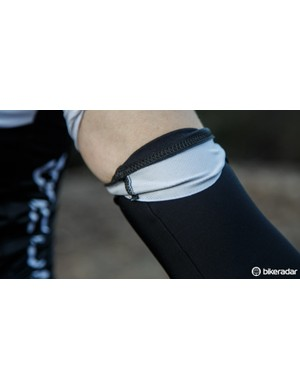 A similar gripper to that found on the leg of the bibs is used to keep the arm warmers up
