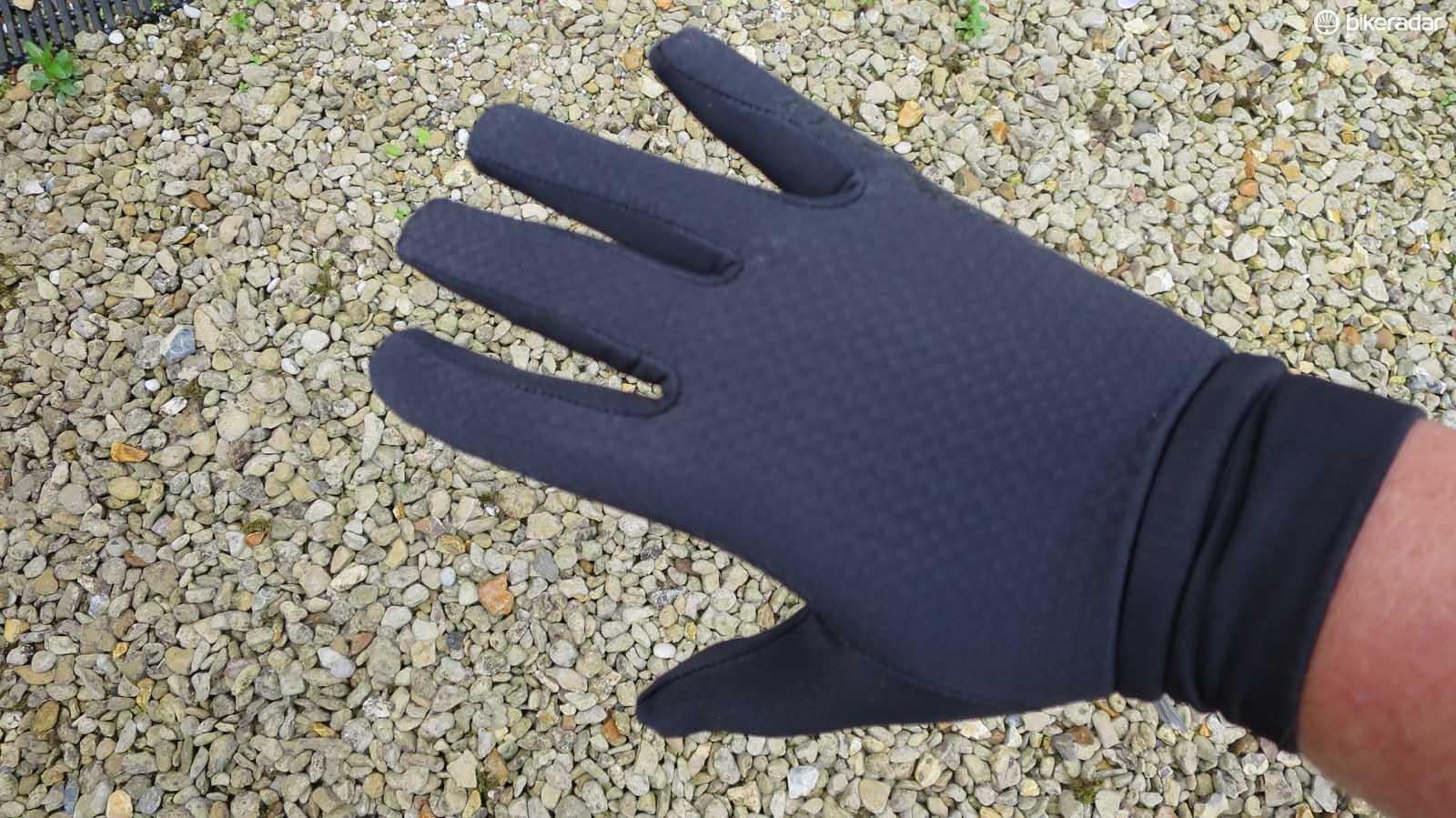 Chill proofing lightweight gloves…