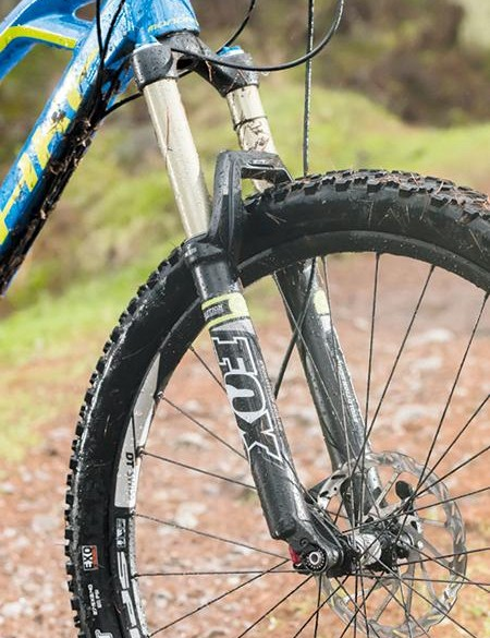 The basic damper inside the Fox fork limits outright speed