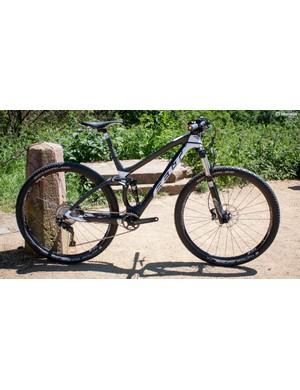 The Edict 2 is part of Felt's seven bike cross country range