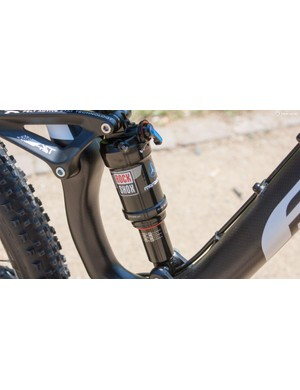 The bike has 100mm of snappy rear travel thanks to the FAST suspension