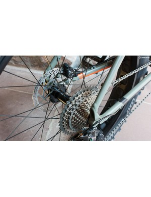 The bike has an XT 1x drivetrain