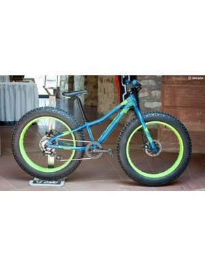 The Cruncher 24 is Felt's 24in kids' fat bike