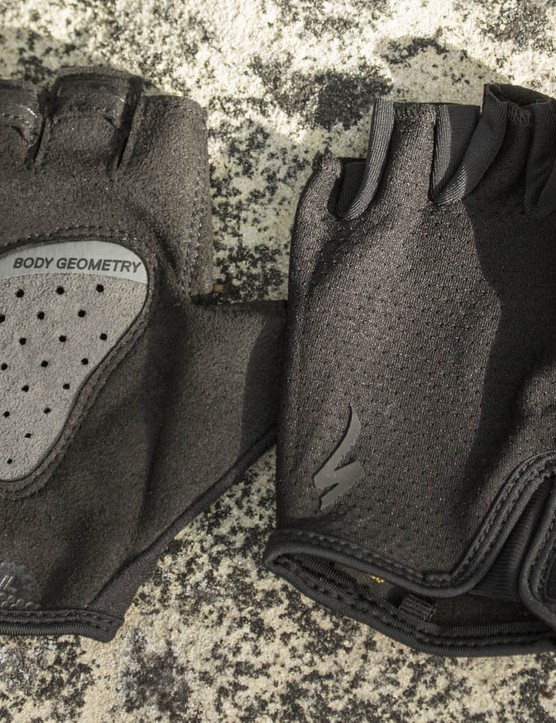 That centrally placed pad, coined the 'Equalizer', is what sets the Grail gloves apart