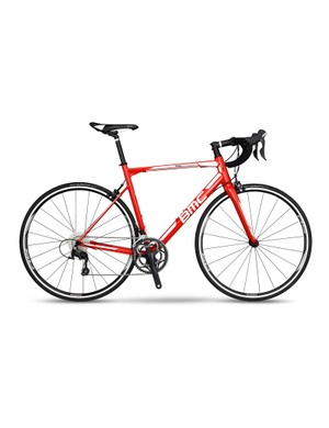 Similar to the Ultegra Build, the 105 spec features 105 shifters and derailleurs and non-series Shimano cranks brakes and wheels