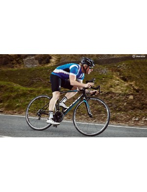 The head tube is reasonably low and the seat tube relatively steep, which creates a more committed and combative feel