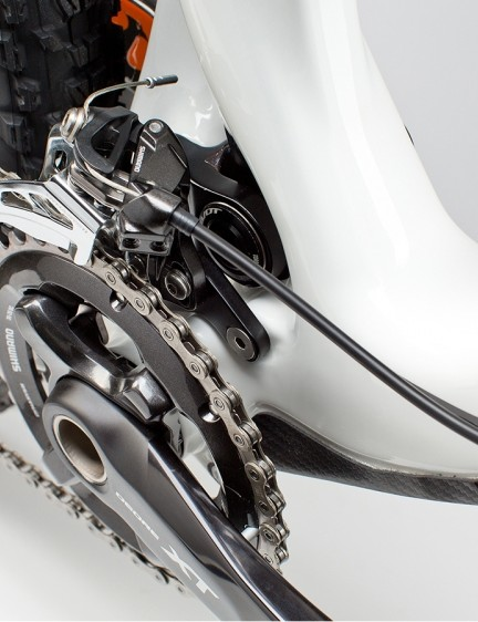 The 429 Trail uses a removeable E-type front derailleur mount, making it compatible with 1x and 2x drivetrains