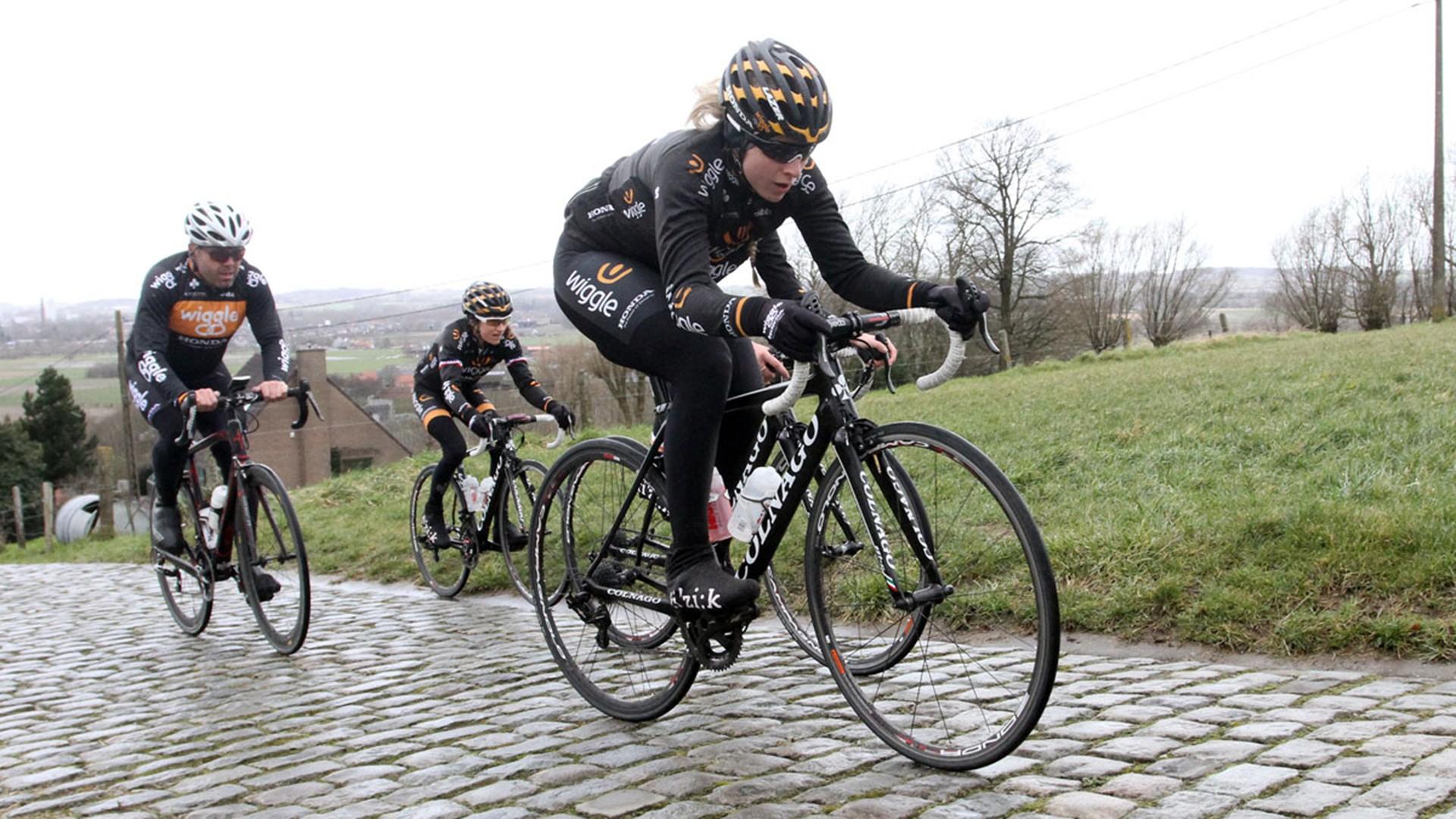 Want to improve your bike handling skills in the wet? Try cyclocross racing