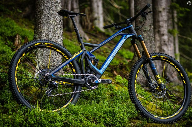 The Top line XR model comes with a 170mm Fox Float 36 RC2 fork and Float X2 shock for ultimate adjustability