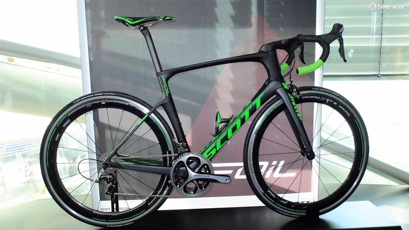Scott's new Foil aero road bike was launched in Salzburg. This is the Team Issue model with mechanical Dura-Ace and Zipp 60 wheels