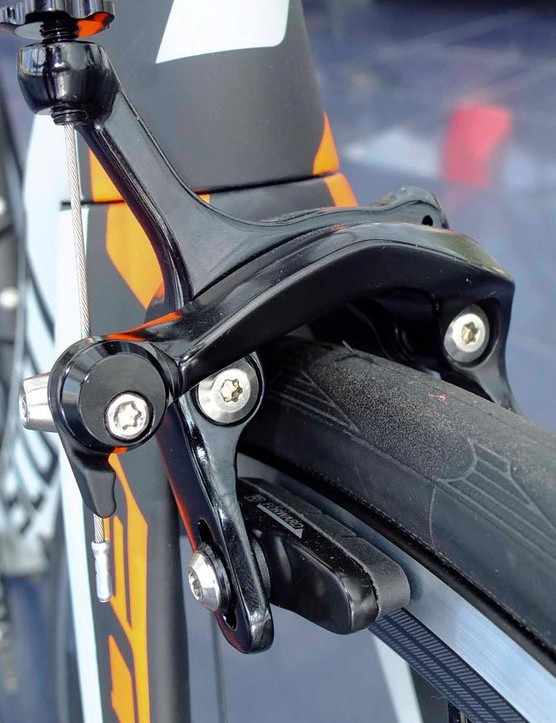 Even the base model still features Shimano direct mount brakes
