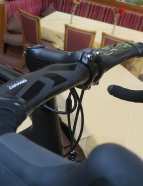 ENVE carbon stem holds the ENVE Smart aero road bar in place