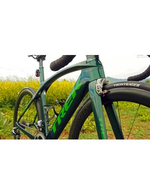 As compared to the outgoing Madone's modestly aero shapes, the new version has much deeper profiles