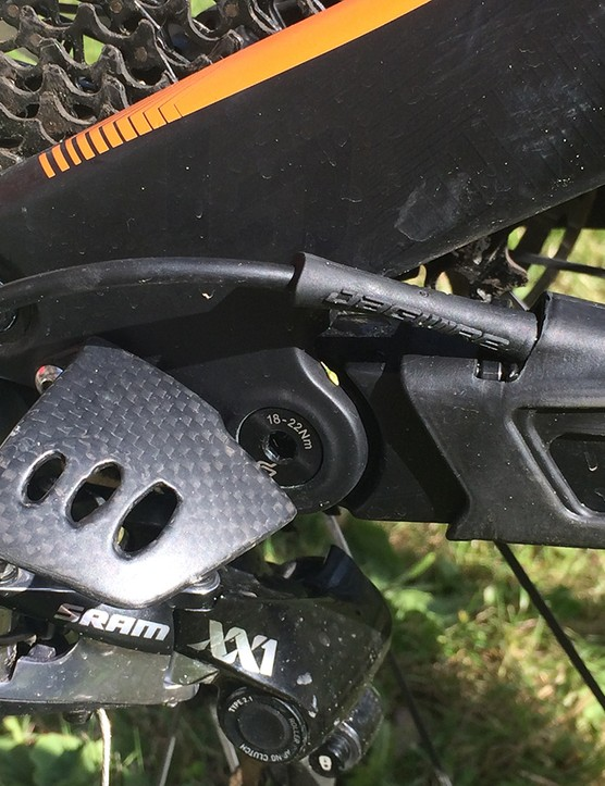 Neat Lapierre details such as the carbon derailleur protector are still present