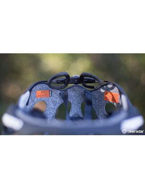 The MPS eVo retention system is lightweight and comfortable