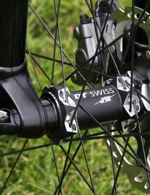 RS-1 fork was the first fork to market with the increasingly-common 110x15mm spacing