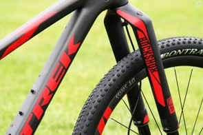 The Top Fuel 9.9 SL gets a matching RockShox RS-1 fork