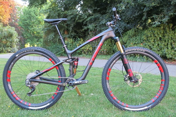 The Trek Fuel EX 29er range gets updated for 2016. Pictured is the range topping Fuel EX 9.9 29